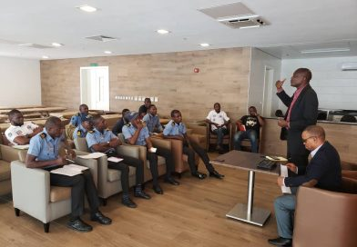 LAGOS TRAFFIC RADIO TRAINS WATER GUARDS ON LIVE REPORTING